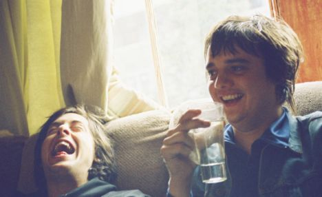 Previously unseen picture of Pete Doherty and old Libertines band-mate Carl Barat
